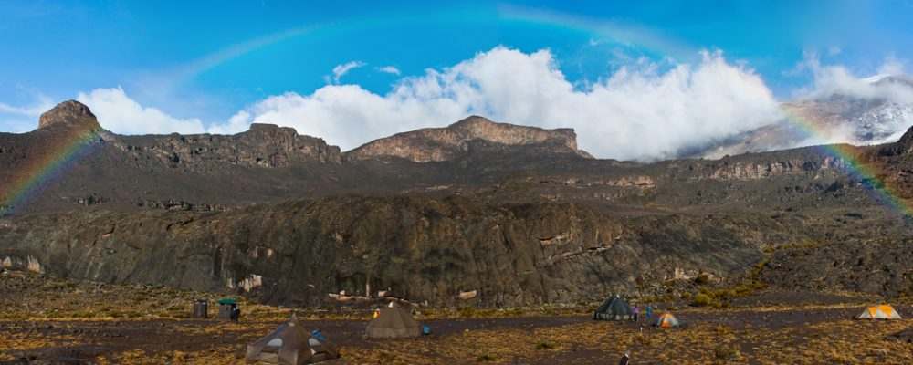 Arc en ciel sur le Kilimandjaro par Seth Phillips-Olson