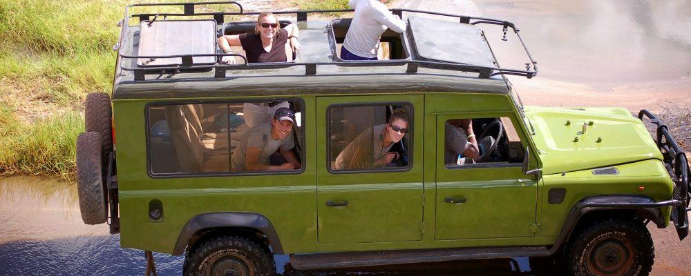 Véhicule de safari SENE